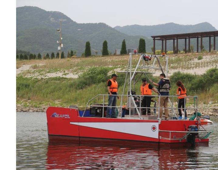 skimmer boat test 3
